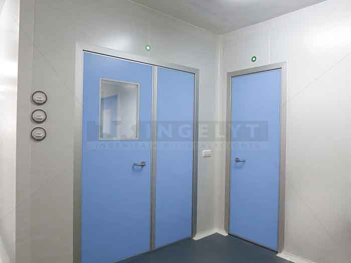 INGELYT manufactures several models of specific swing doors for use in clean rooms. The standard finishing is a phenolic resin plate although in special ... & Swing doors of phenolic resin - Clean rooms engineering - Ingelyt pezcame.com