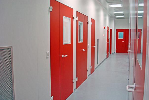 Portes de Résine Phénolique - Ingénierie de salles blanches - Ingelyt